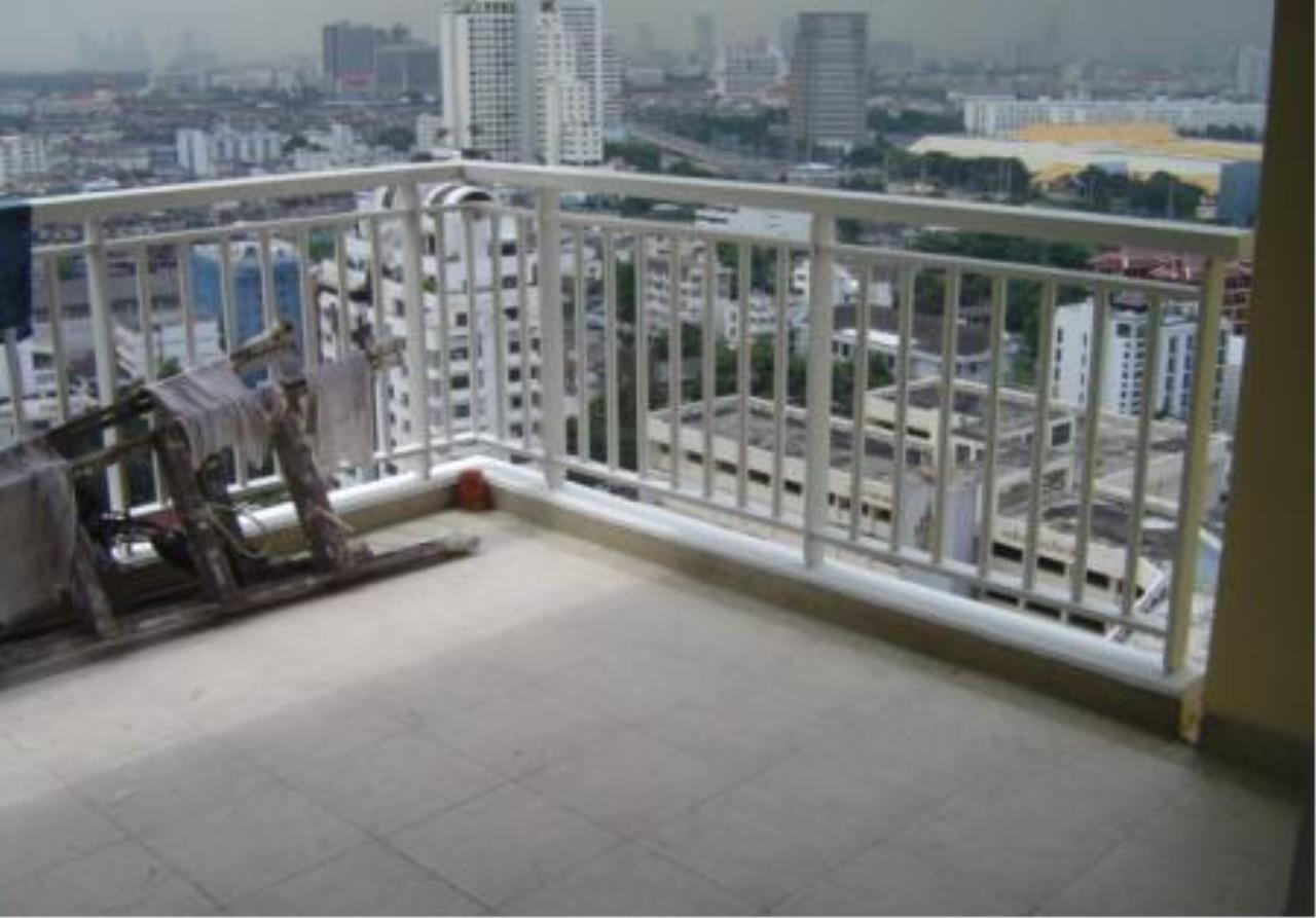 Piri Property Agency's 5 bedrooms  For Sale Wilshire Sukhumvit 22 7