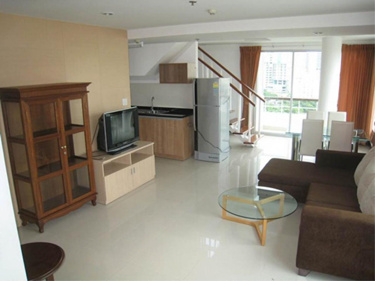 Piri Property Agency's 3 bedrooms  For Rent P.W.T Mansion 2