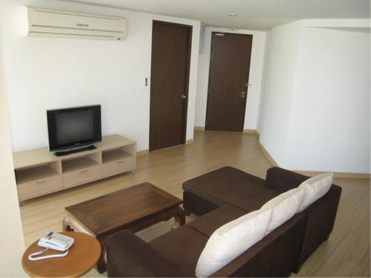 Piri Property Agency's 2 bedrooms  For Rent P.W.T Mansion 19
