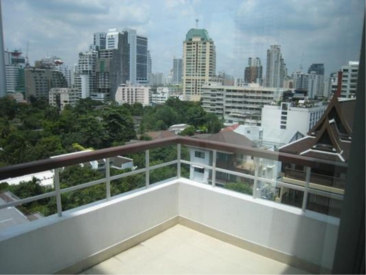 Piri Property Agency's 2 bedrooms  For Rent P.W.T Mansion 6
