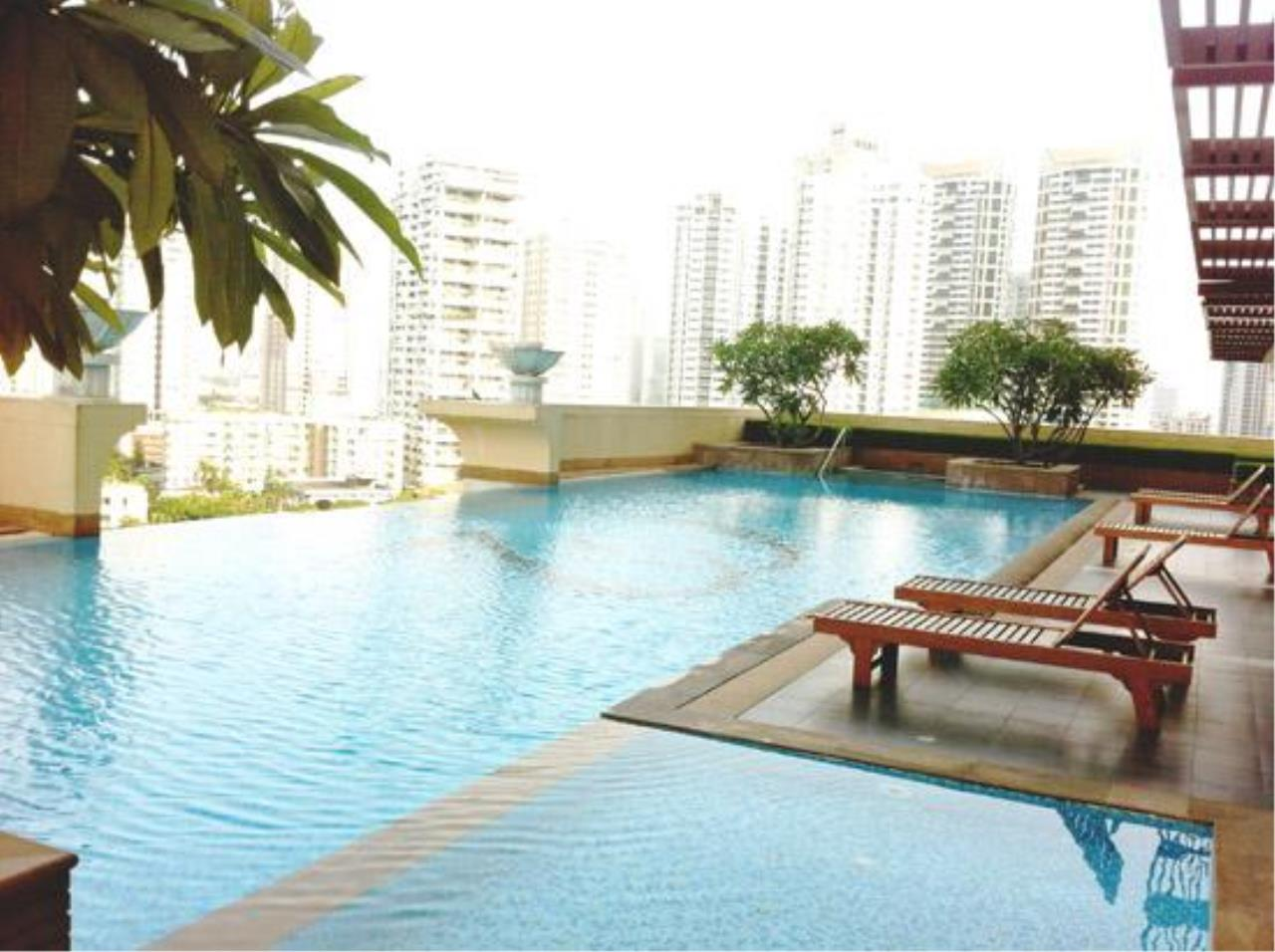 Piri Property Agency's 3 bedrooms  For Rent Wilshire Sukhumvit 22 1