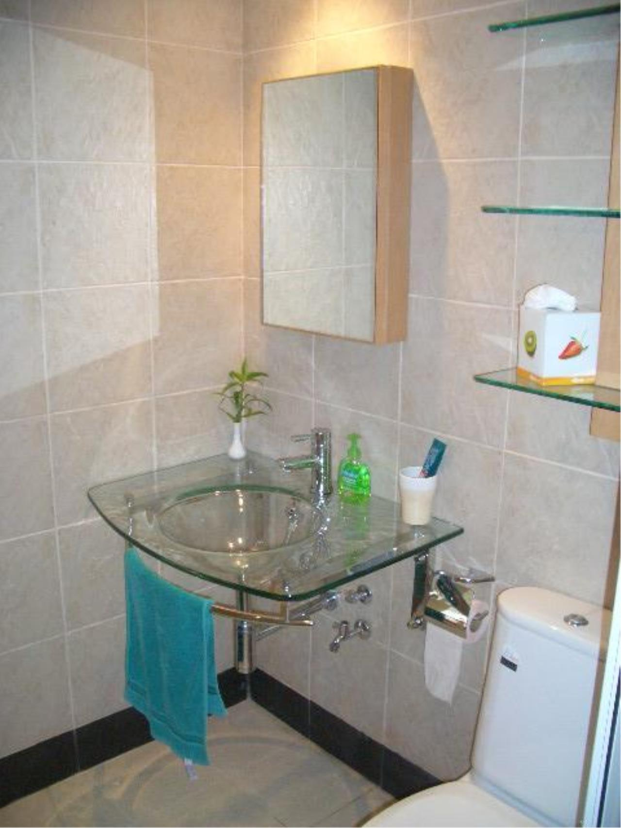 Piri Property Agency's one bedroom  For Sale Monterey Place 2