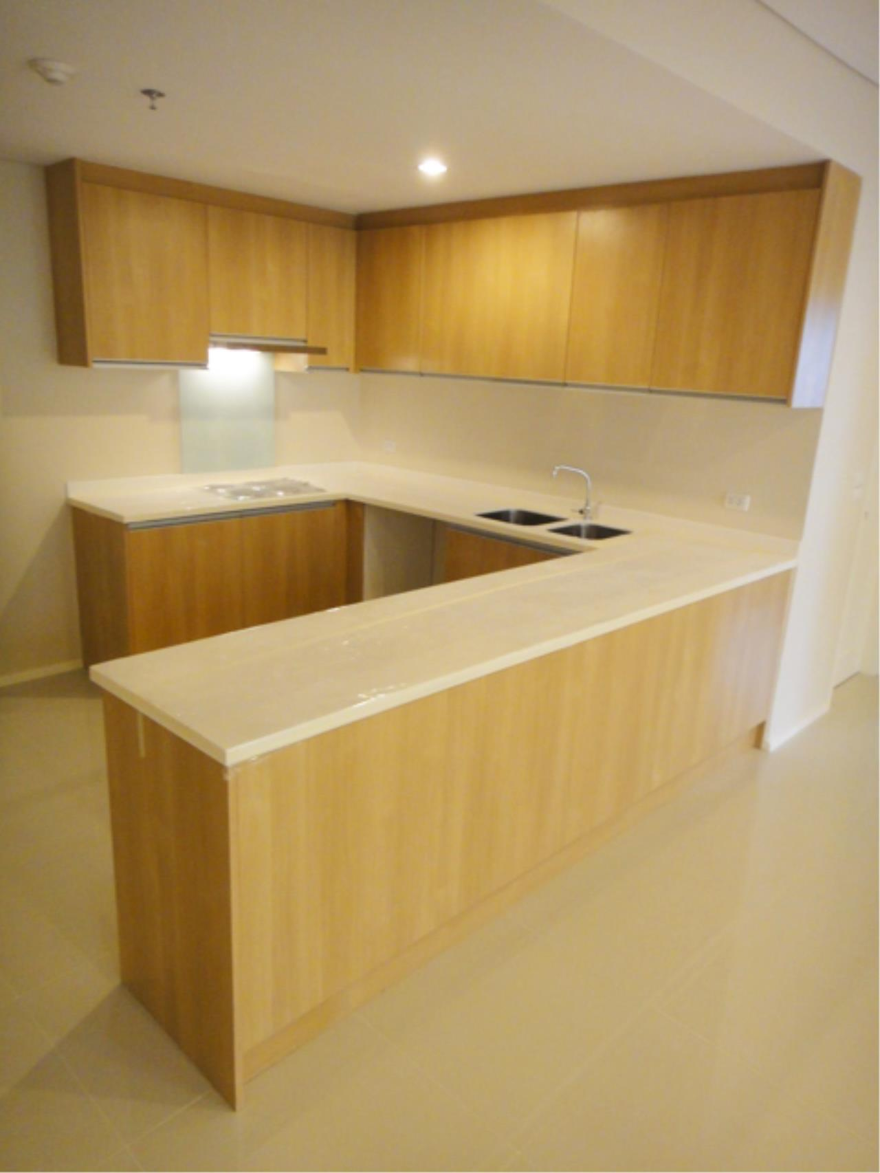 Piri Property Agency's 2 bedrooms  For Sale Villa Asoke 2
