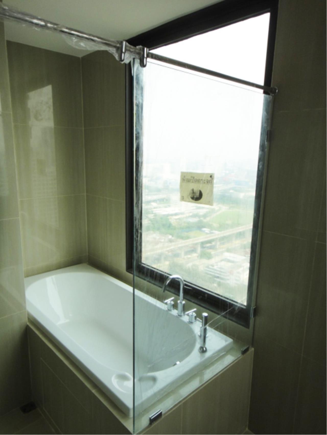 Piri Property Agency's 2 bedrooms  For Sale Villa Asoke 6