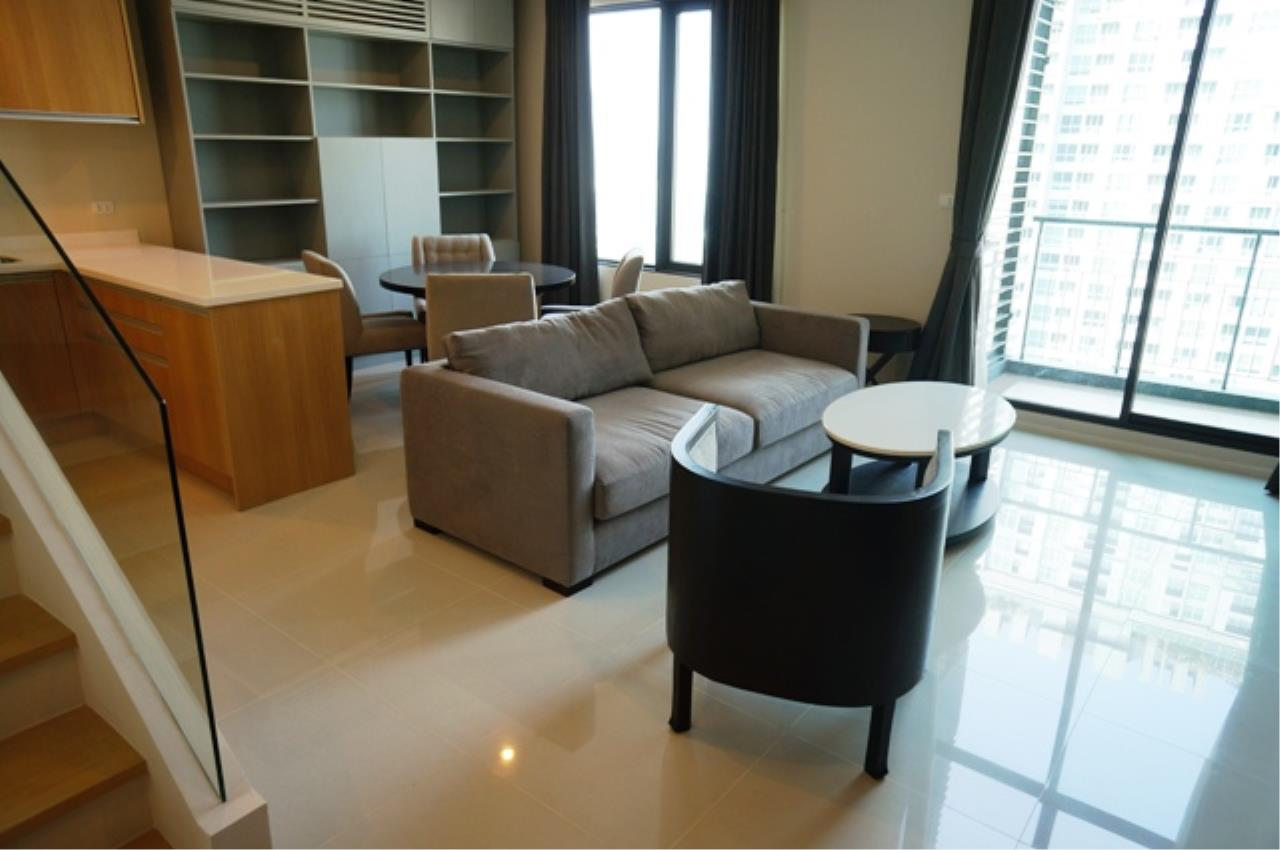 Piri Property Agency's one bedroom  For Rent Villa Asoke 2
