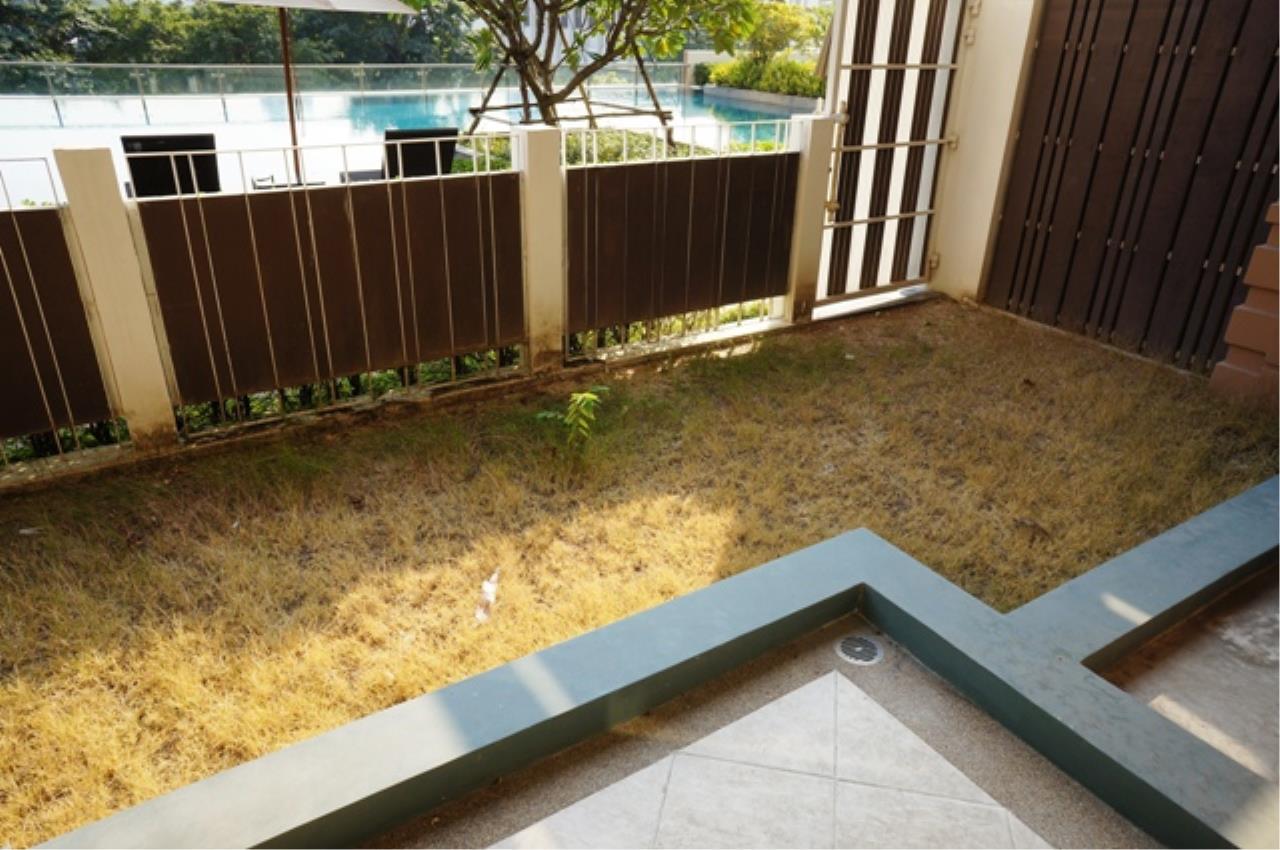 Piri Property Agency's one bedroom  For Rent Villa Asoke 3