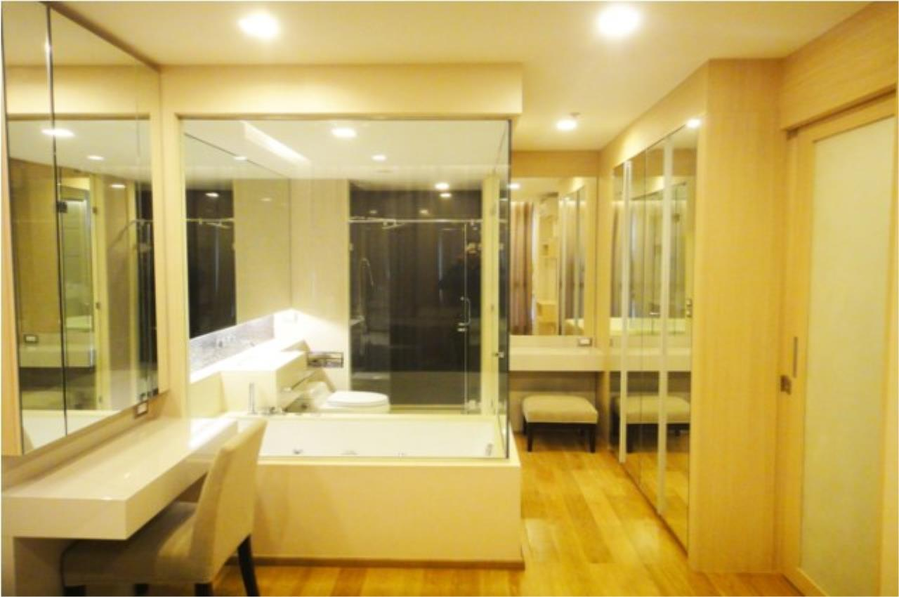 Piri Property Agency's one bedroom  For Rent The Address Asoke 5