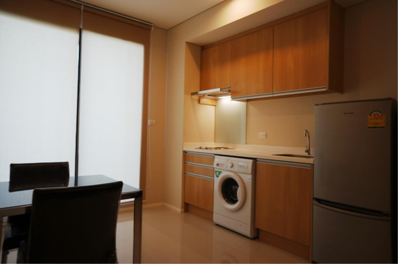 Piri Property Agency's one bedroom  For Rent Villa Asoke 3
