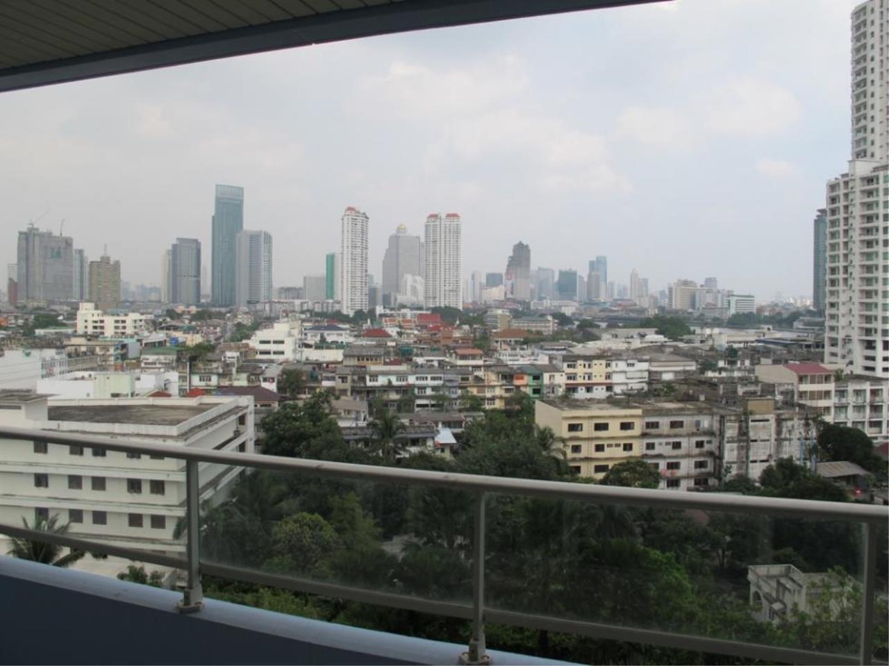 Piri Property Agency's 3 bedrooms  For Sale Watermark Chaophraya 12