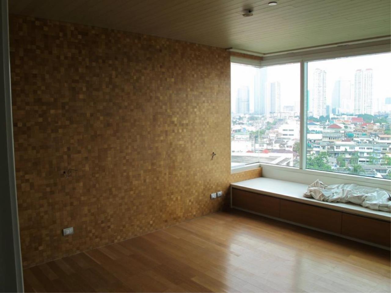 Piri Property Agency's 3 bedrooms  For Sale Watermark Chaophraya 8