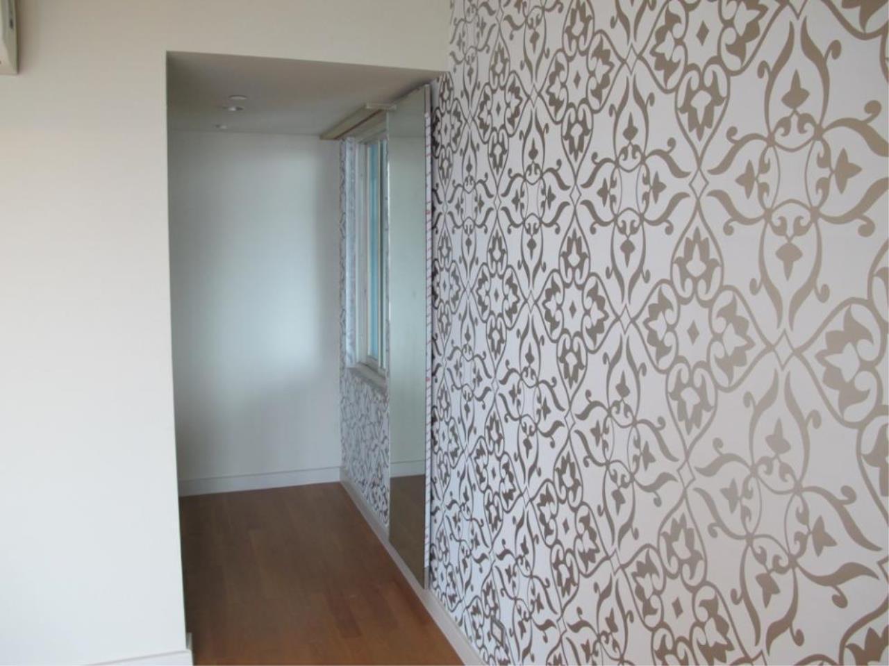 Piri Property Agency's 3 bedrooms  For Sale Watermark Chaophraya 9