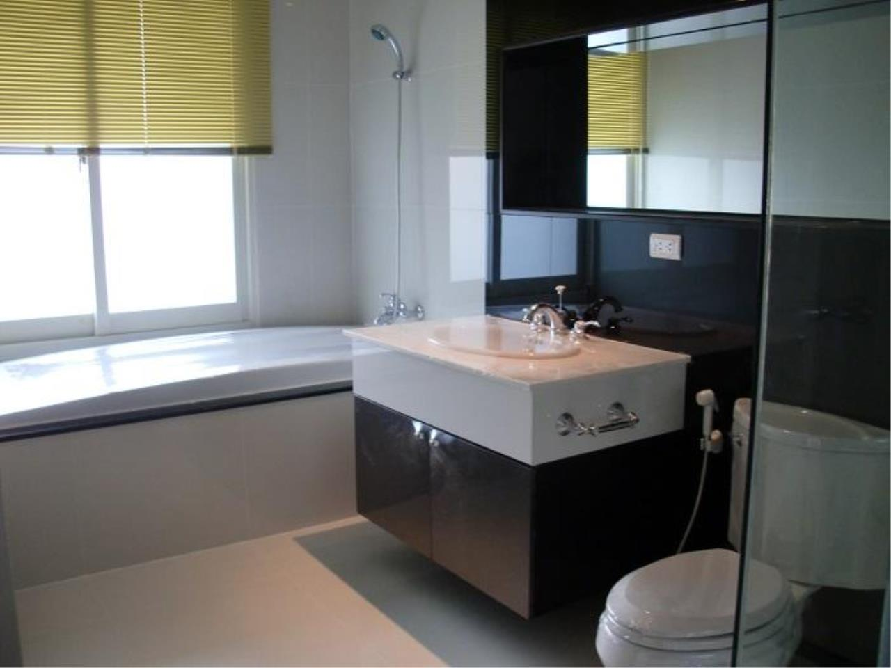 Piri Property Agency's Studio bedrooms  For Sale The Address Chidlom 1