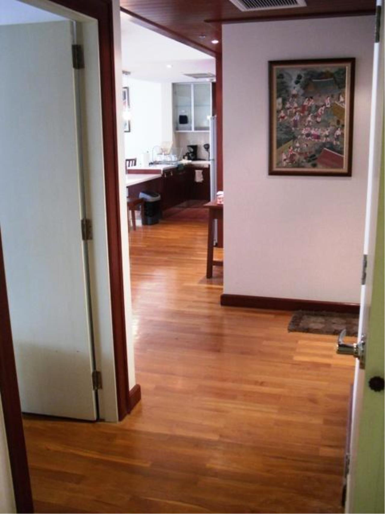 Piri Property Agency's one bedroom  For Rent Urbana Langsuan 13