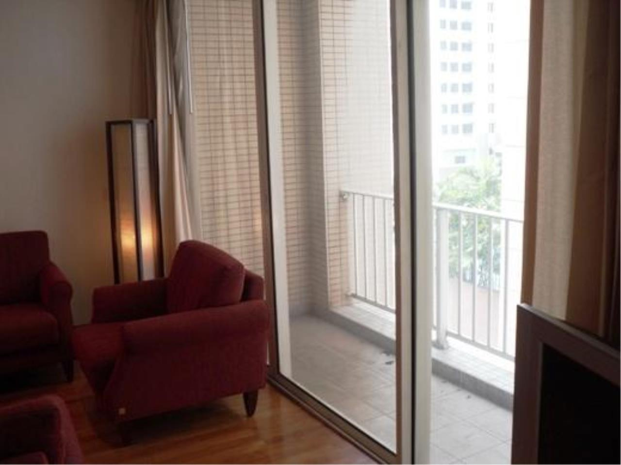Piri Property Agency's one bedroom  For Rent Urbana Langsuan 14