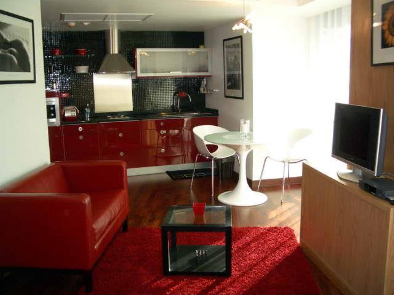 Piri Property Agency's Studio bedrooms  For Rent Urbana Langsuan 7