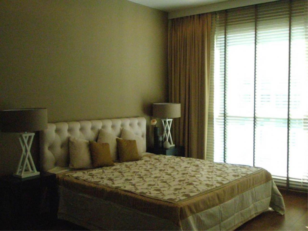 Piri Property Agency's 2 bedrooms  For Rent The Address Chidlom 1