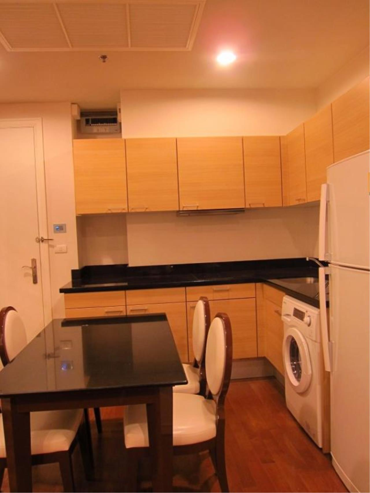Piri Property Agency's one bedroom  For Rent The Address Chidlom 4