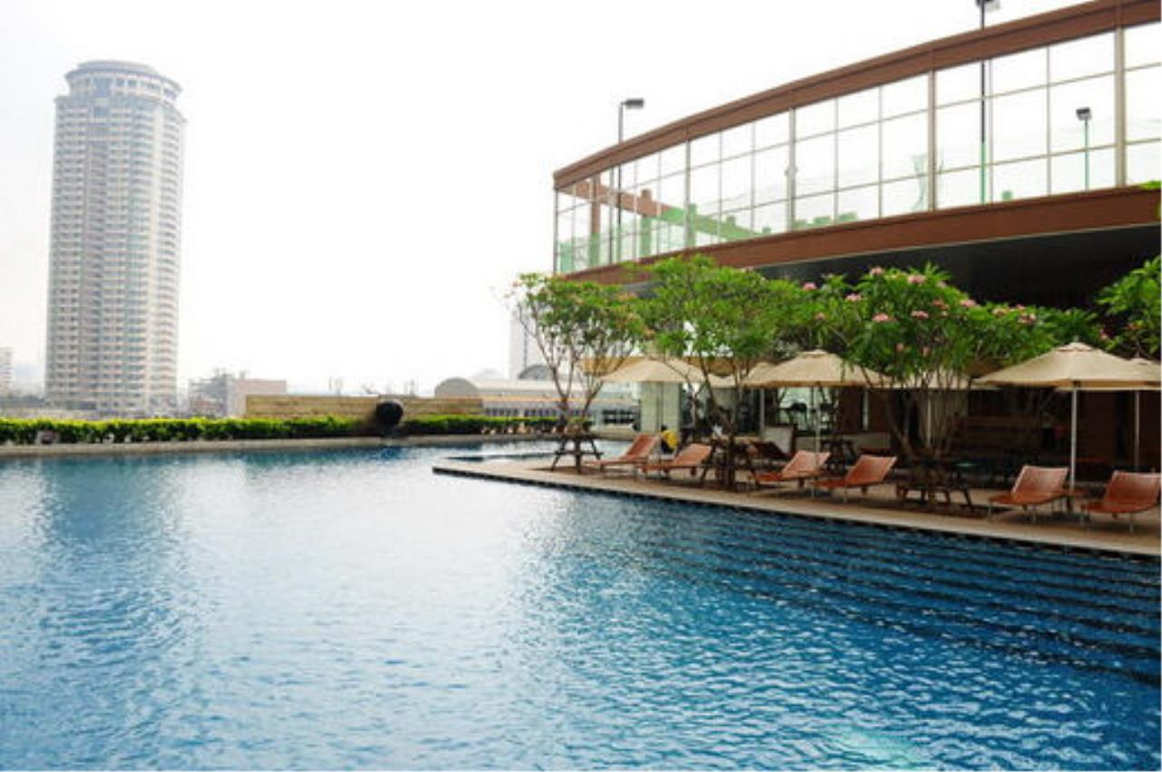 Piri Property Agency's one bedroom  For Rent The Empire Place Sathorn 11