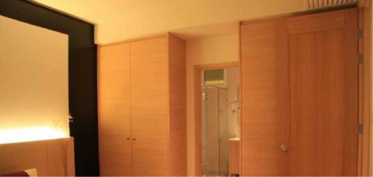Piri Property Agency's one bedroom  For Rent The Empire Place Sathorn 20
