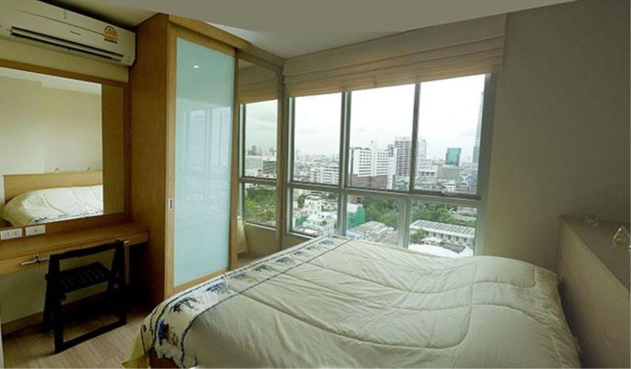Piri Property Agency's one bedroom  For Rent Life@Sathorn 2