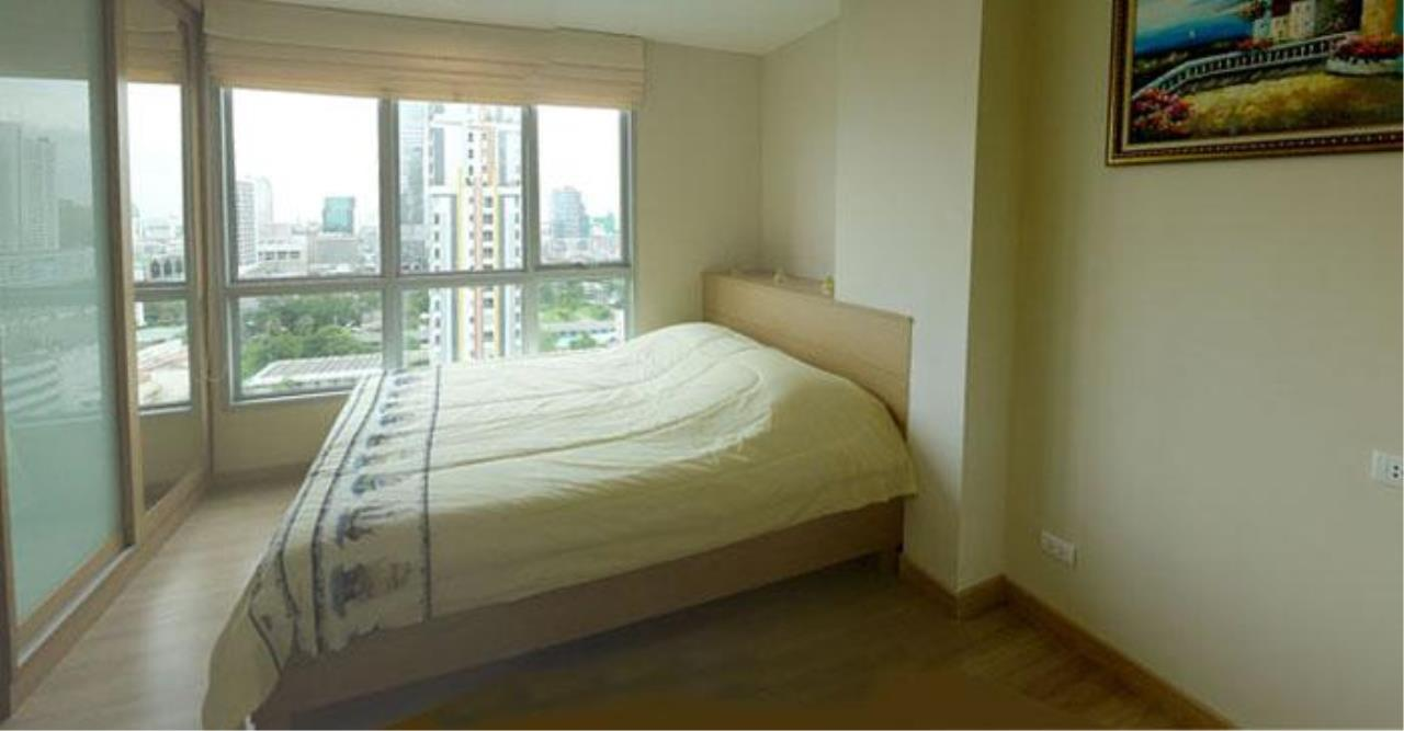 Piri Property Agency's one bedroom  For Rent Life@Sathorn 3