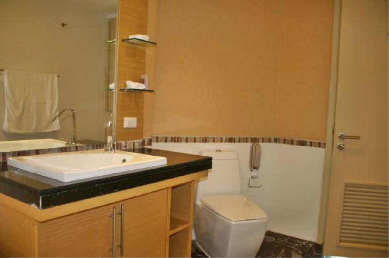 Piri Property Agency's 2 bedrooms  For Rent Urbana Sathorn 4