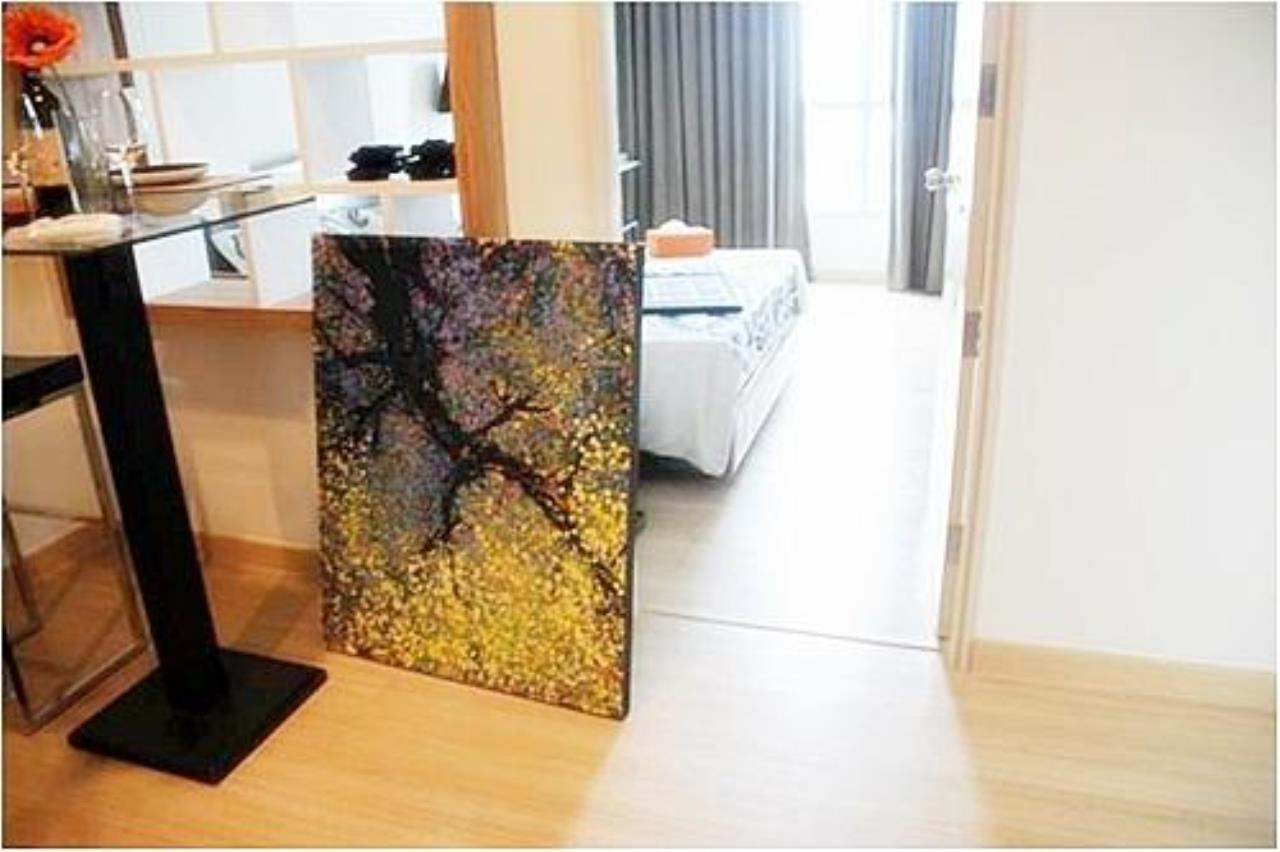Piri Property Agency's one bedroom  For Rent Life@Sathorn 10