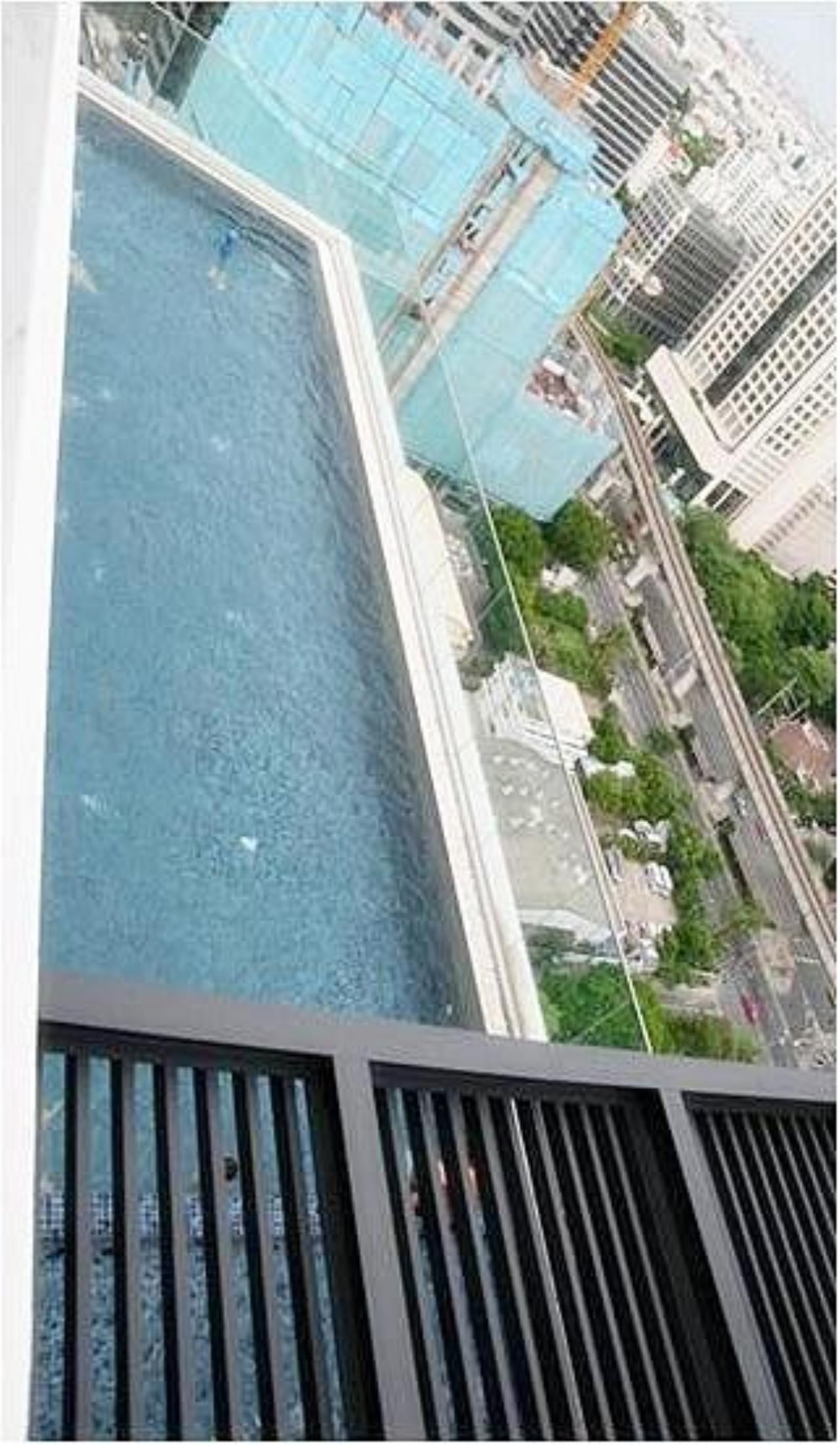 Piri Property Agency's one bedroom  For Rent Life@Sathorn 16