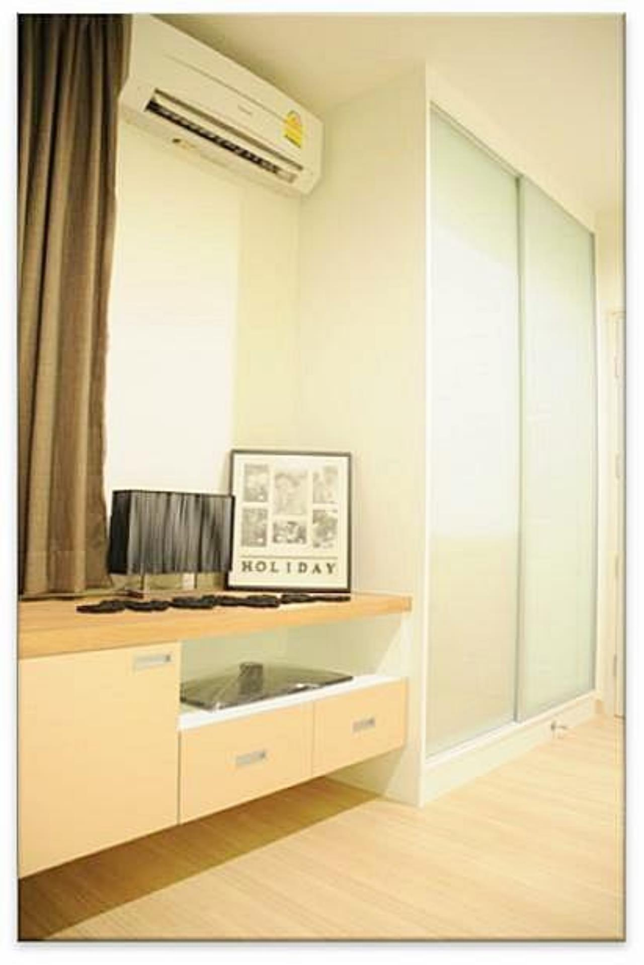 Piri Property Agency's one bedroom  For Rent Life@Sathorn 4