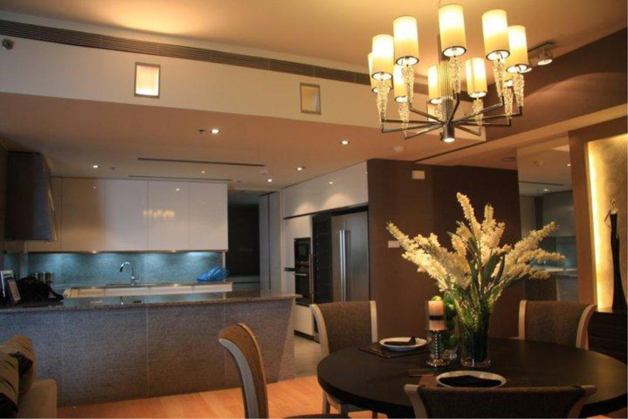 Piri Property Agency's 3 bedrooms  For Rent The Met Sathorn 11