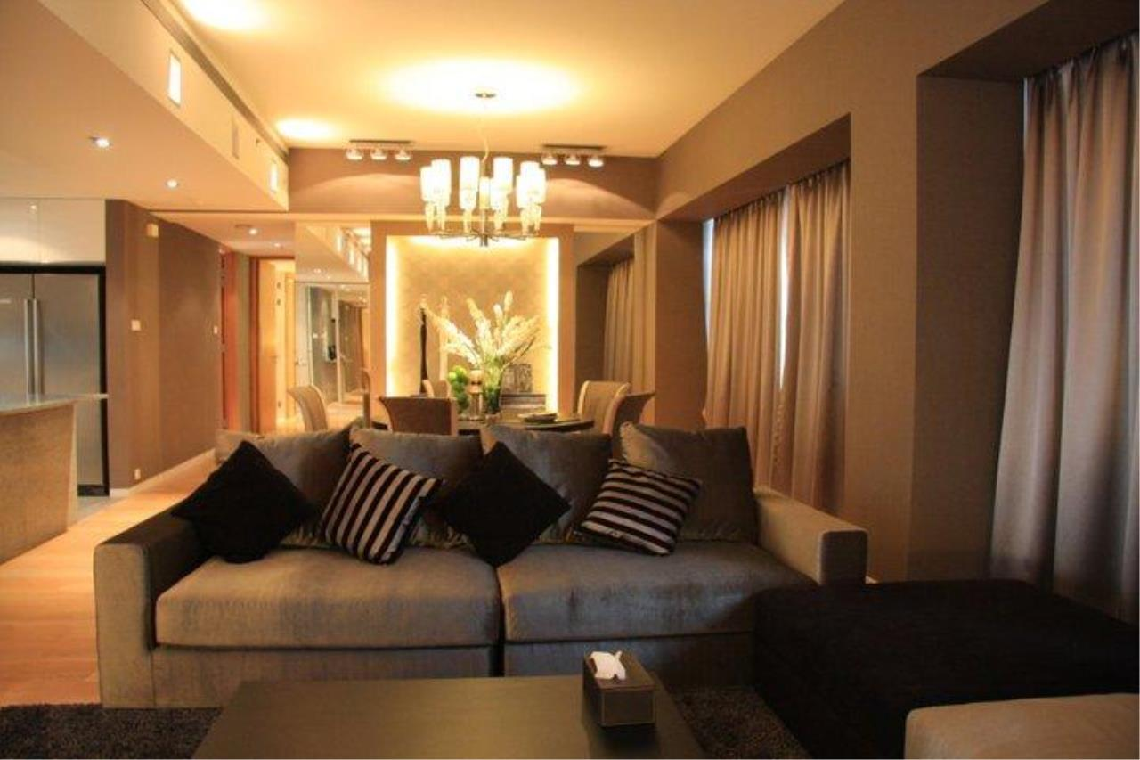 Piri Property Agency's 3 bedrooms  For Rent The Met Sathorn 1
