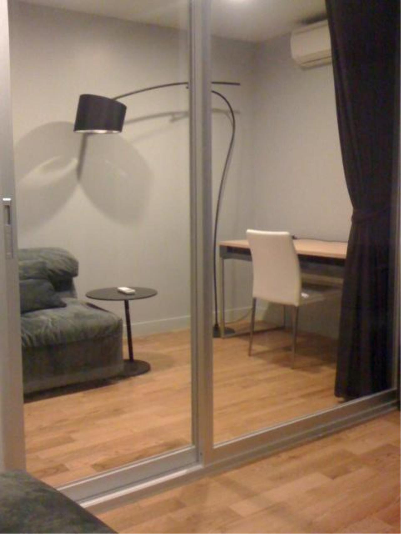 Piri Property Agency's one bedroom  For Rent Quad Silom 2
