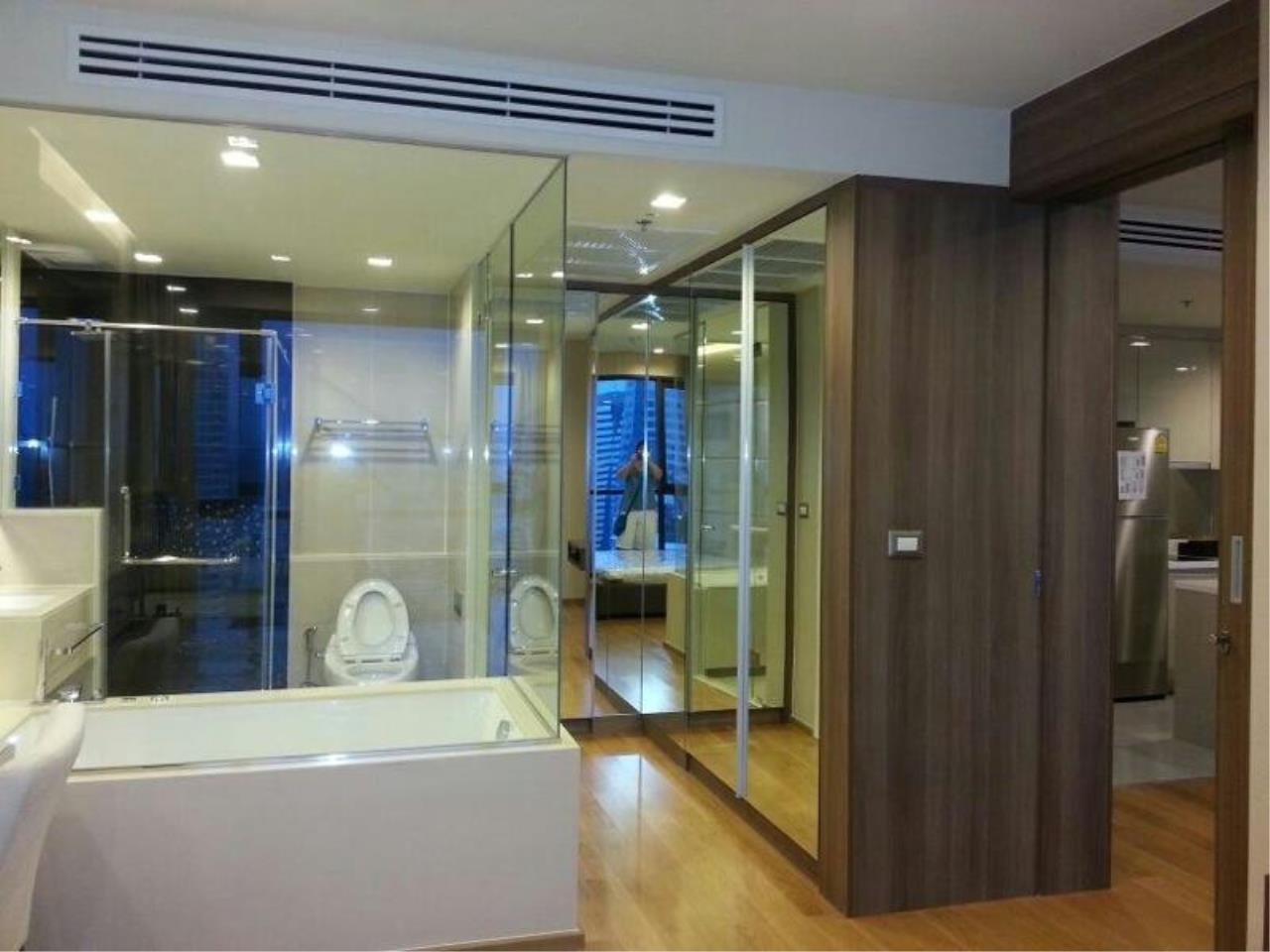 Piri Property Agency's one bedroom  For Rent The Address Sathorn 4