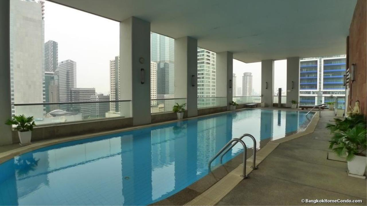 Piri Property Agency's one bedroom  For Rent Silom Suite 2