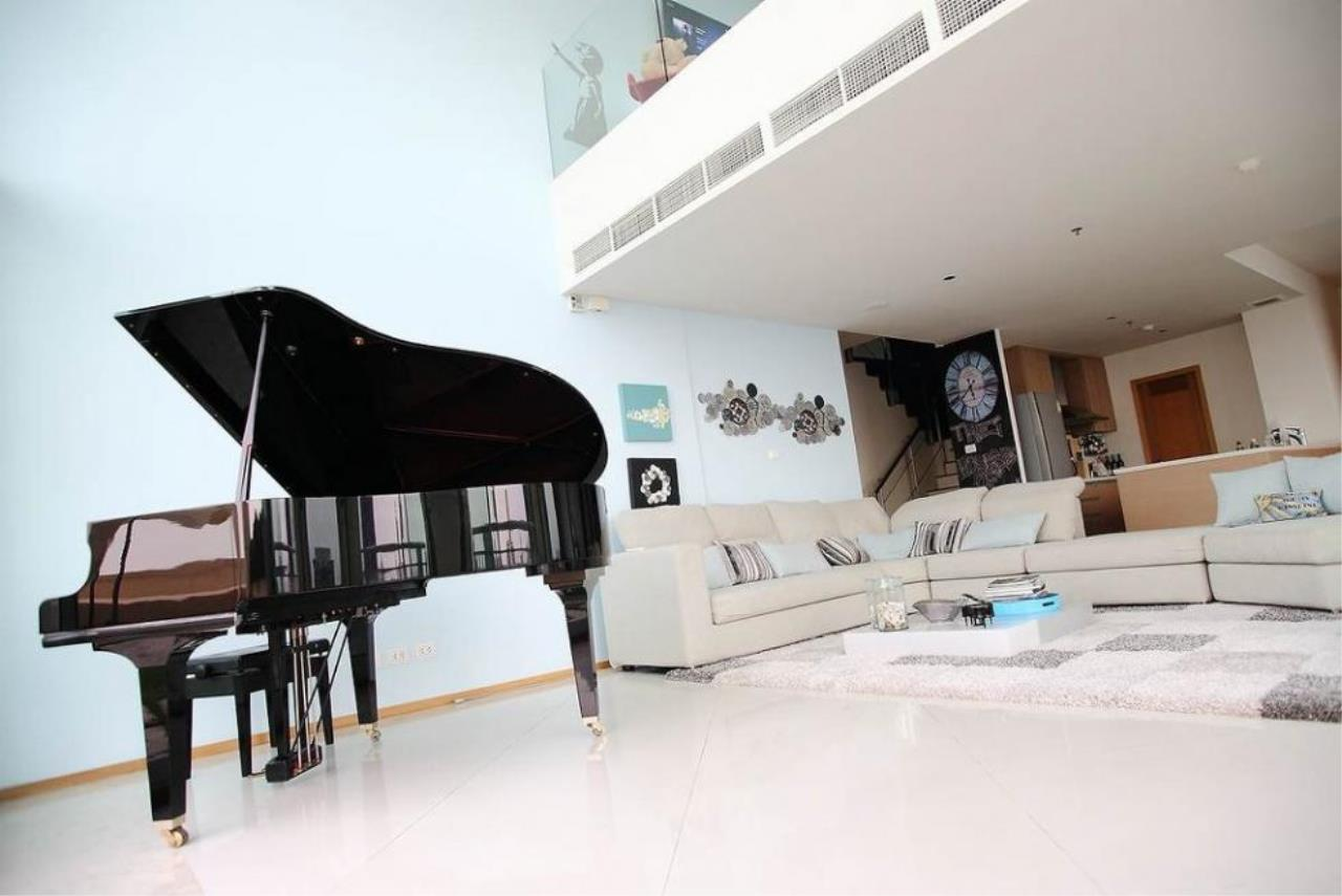 Piri Property Agency's 3 bedrooms  For Rent The Empire Place Sathorn 12