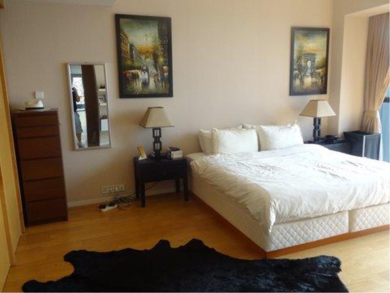 Piri Property Agency's 3 bedrooms  For Rent The Met Sathorn 9