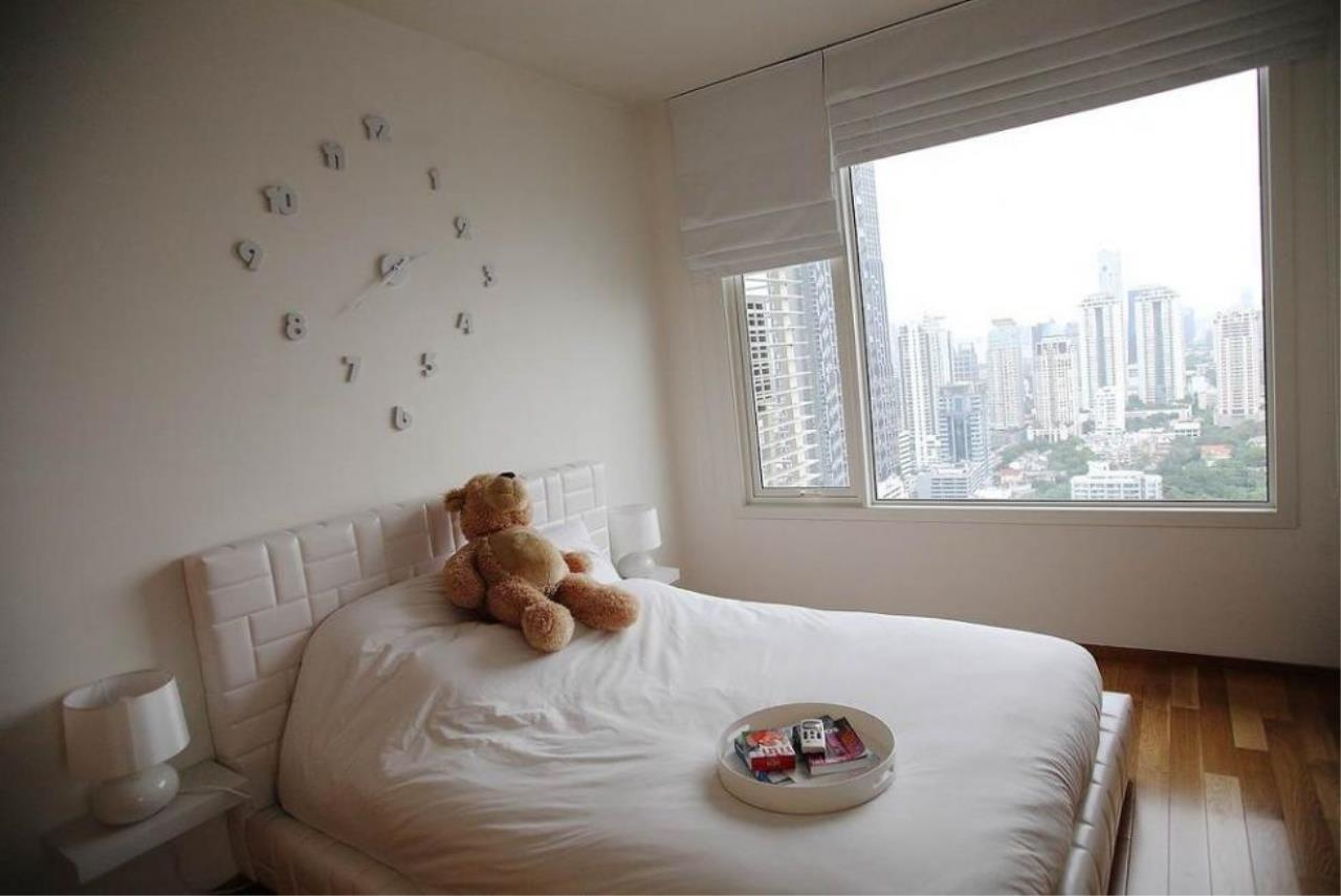 Piri Property Agency's 3 bedrooms  For Sale The Empire Place Sathorn 5