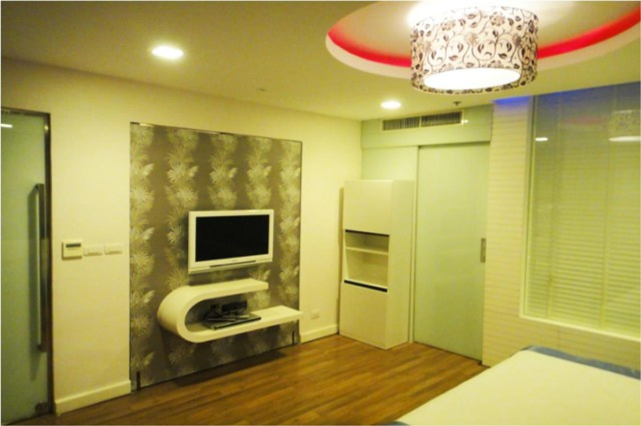 Piri Property Agency's one bedroom  For Rent Nusasiri Grand Condo 2
