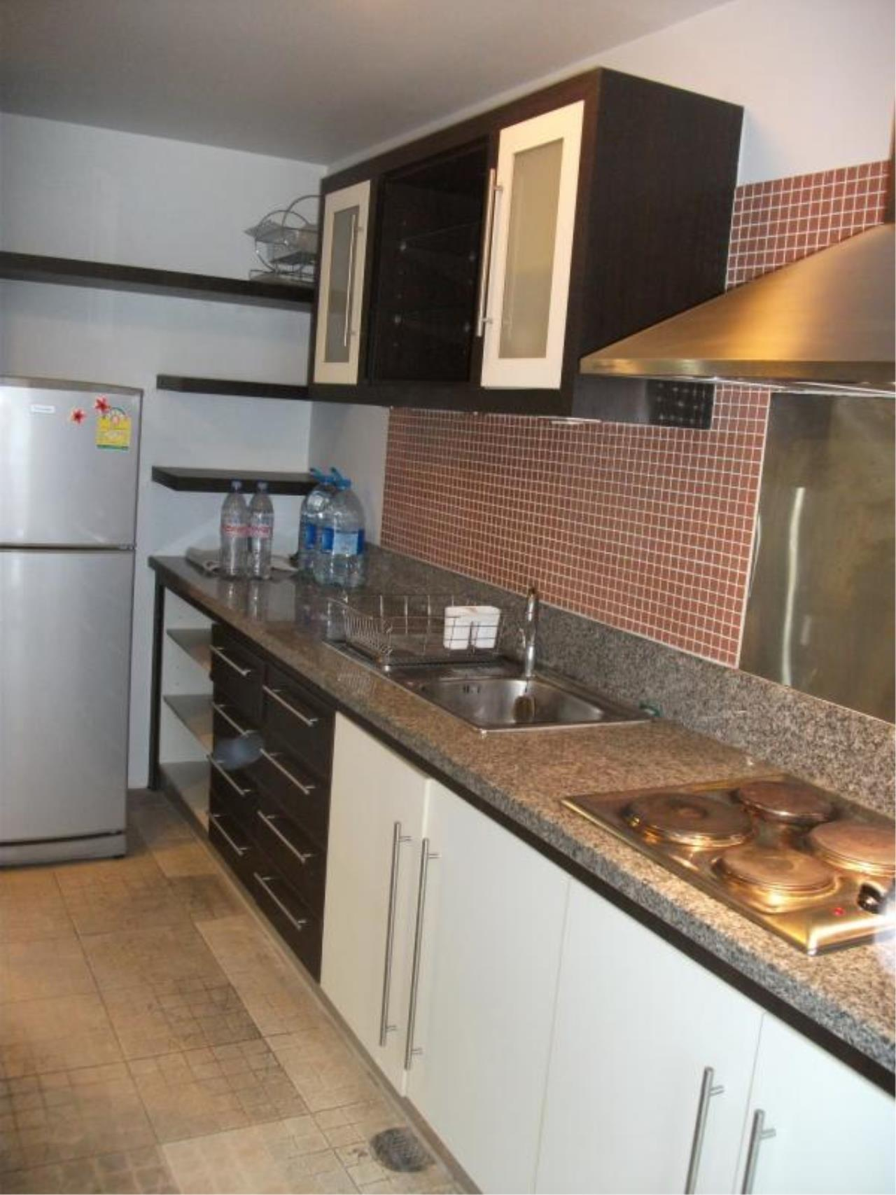 Piri Property Agency's 2 bedrooms  For Rent Avenue 61 3