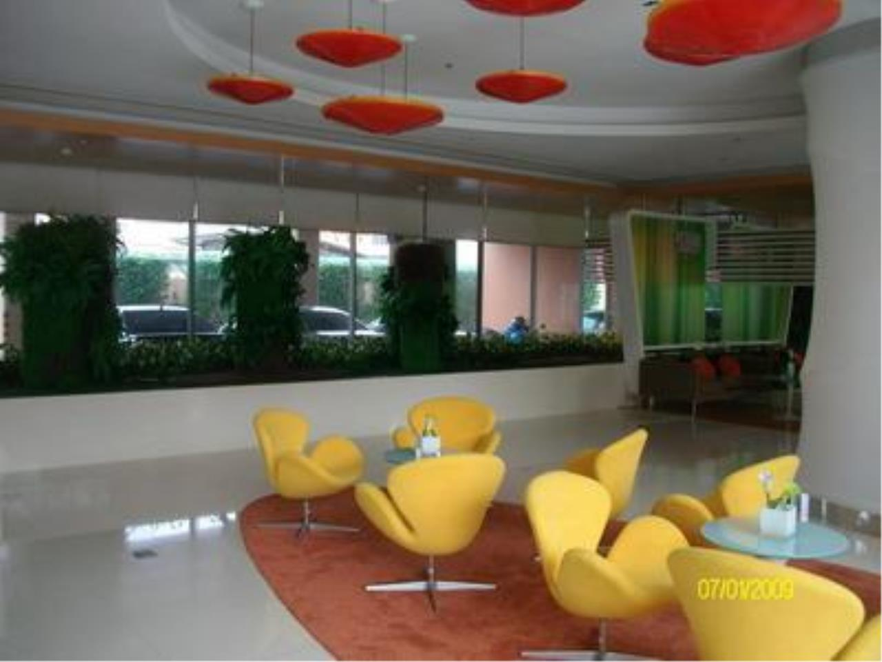 Piri Property Agency's one bedroom  For Sale Life@Ratchada-Huay Kwang 7