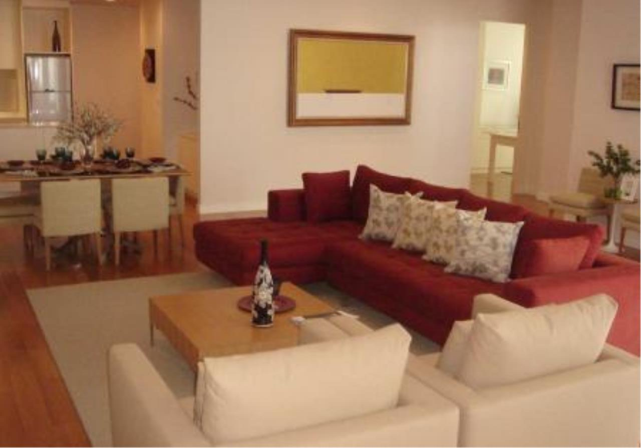Piri Property Agency's one bedroom  For Rent Chatrium 2