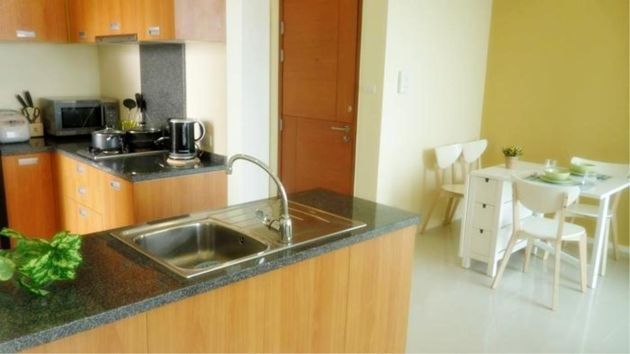 Piri Property Agency's one bedroom  For Rent Villa Sathorn 1