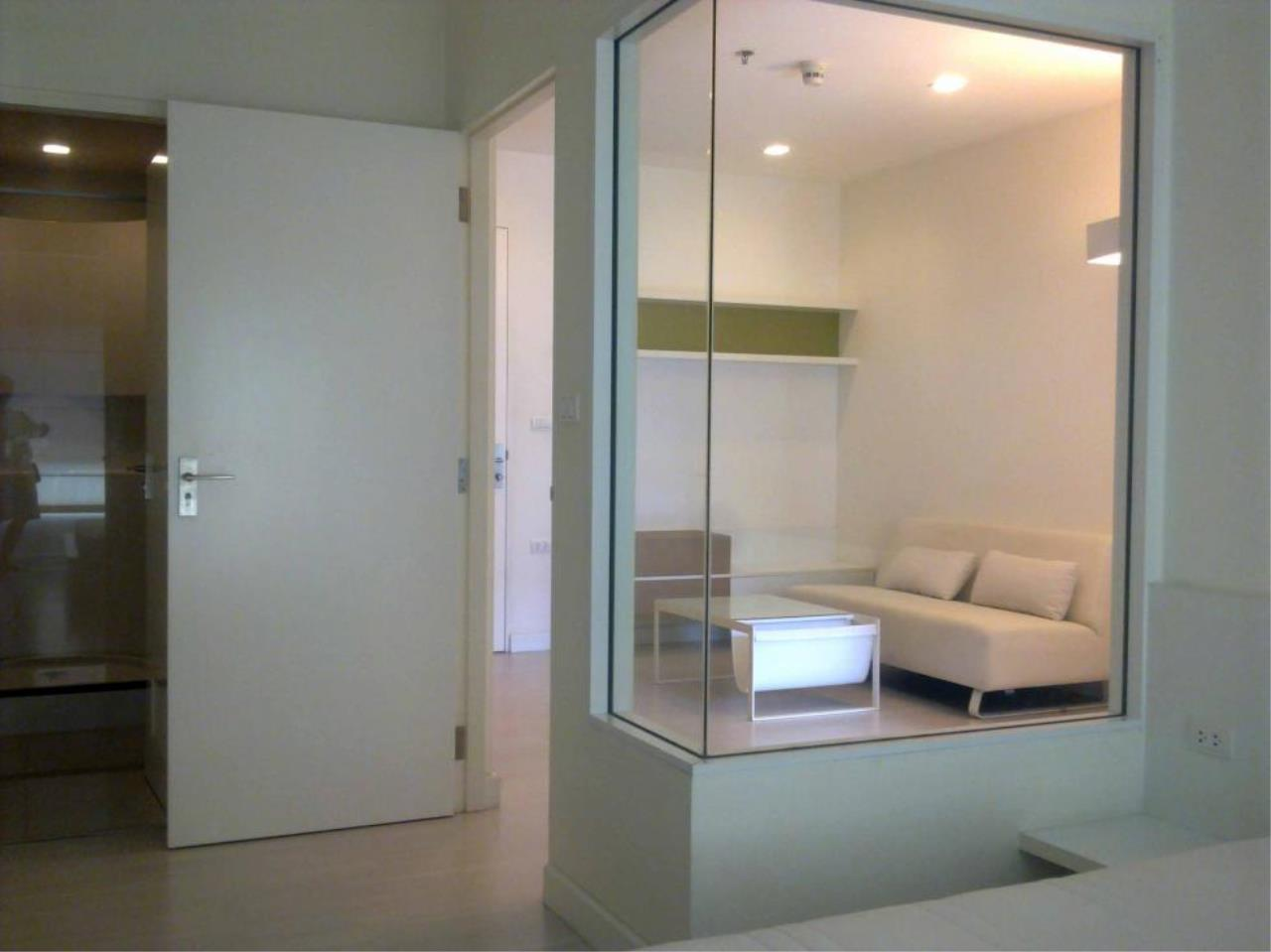 Piri Property Agency's one bedroom  For Rent The Room Ratchada - Ladprao 4