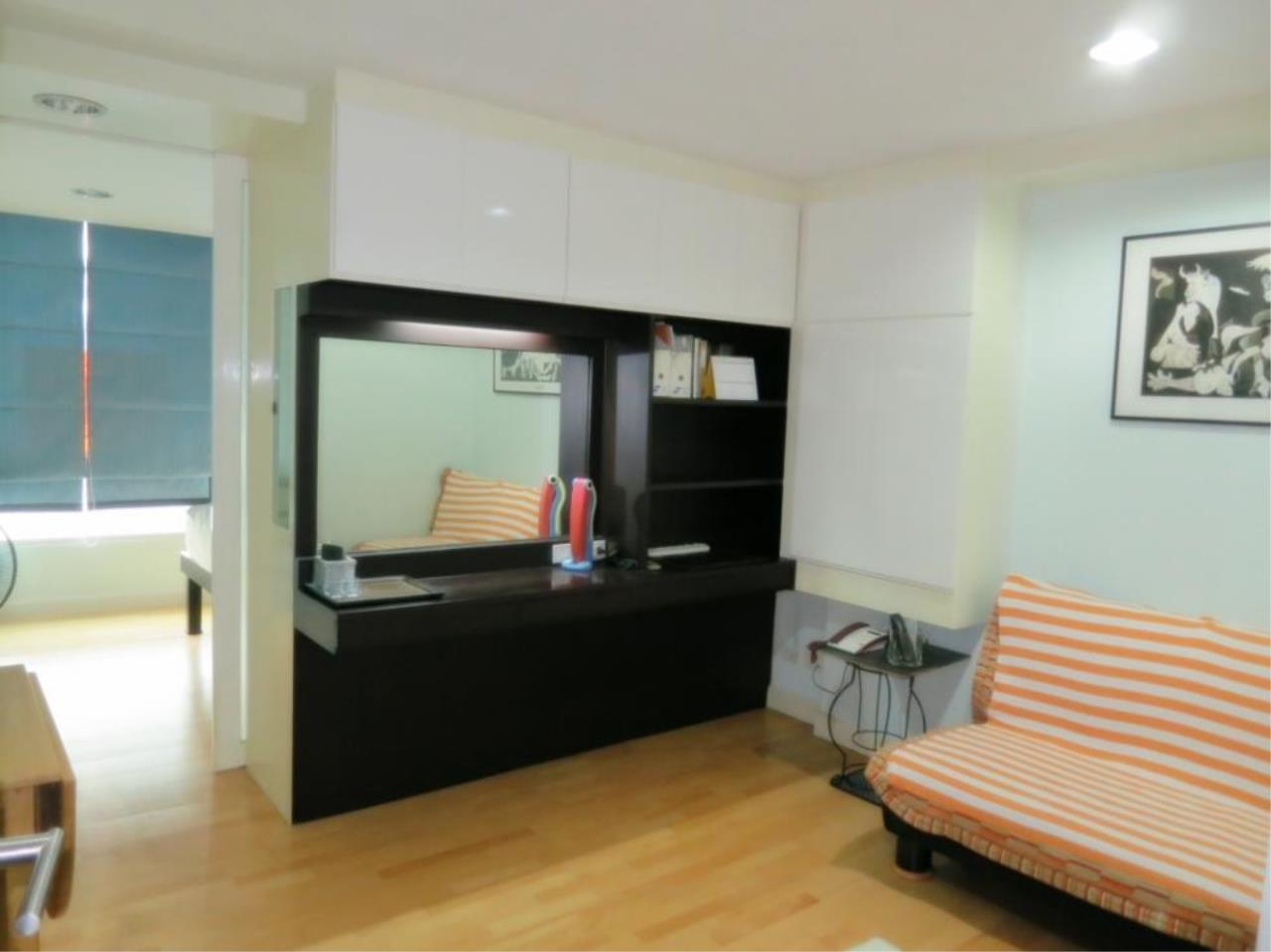 Piri Property Agency's one bedroom  For Rent The Fine @ River 3