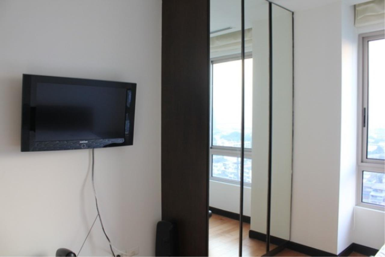 Piri Property Agency's 2 bedrooms  For Rent The Lofts Yennakart 2