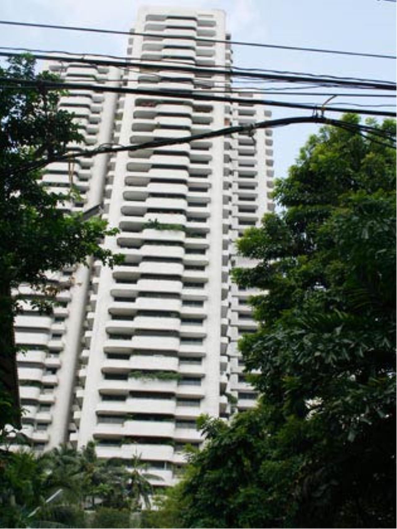 Piri Property Agency's 4 bedrooms  For Rent Tower Park Condo 1