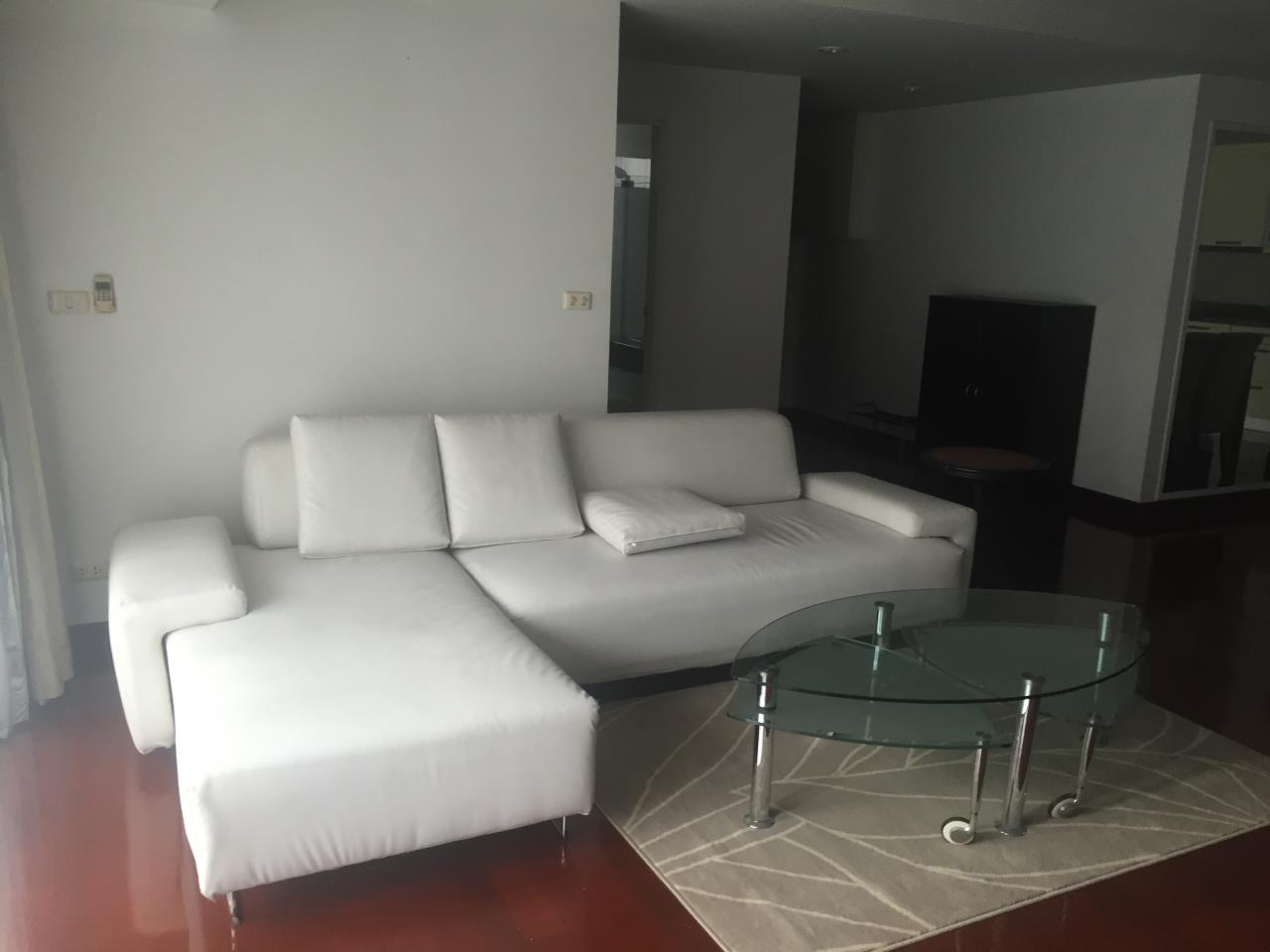 Piri Property Agency's 2 bedrooms  For Rent Urbana Sukhumvit 15 1