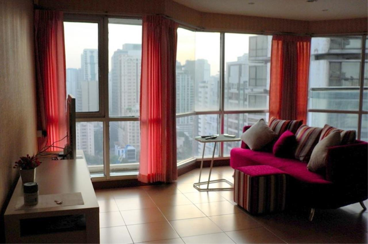 Piri Property Agency's one bedroom  For Rent Sukhumvit Suite 1