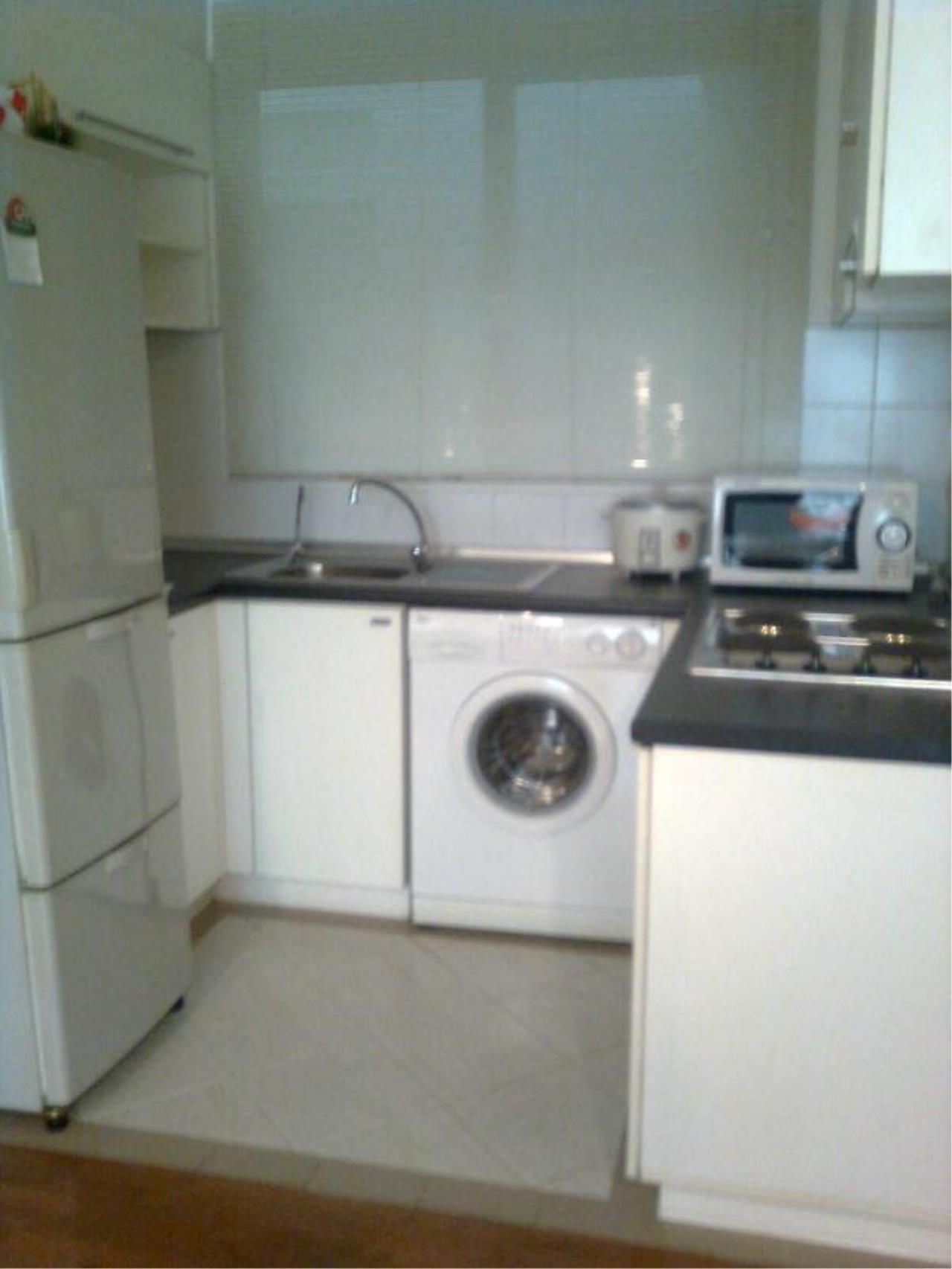 Piri Property Agency's 2 bedrooms  For Rent Baan Siri Soi 13 3