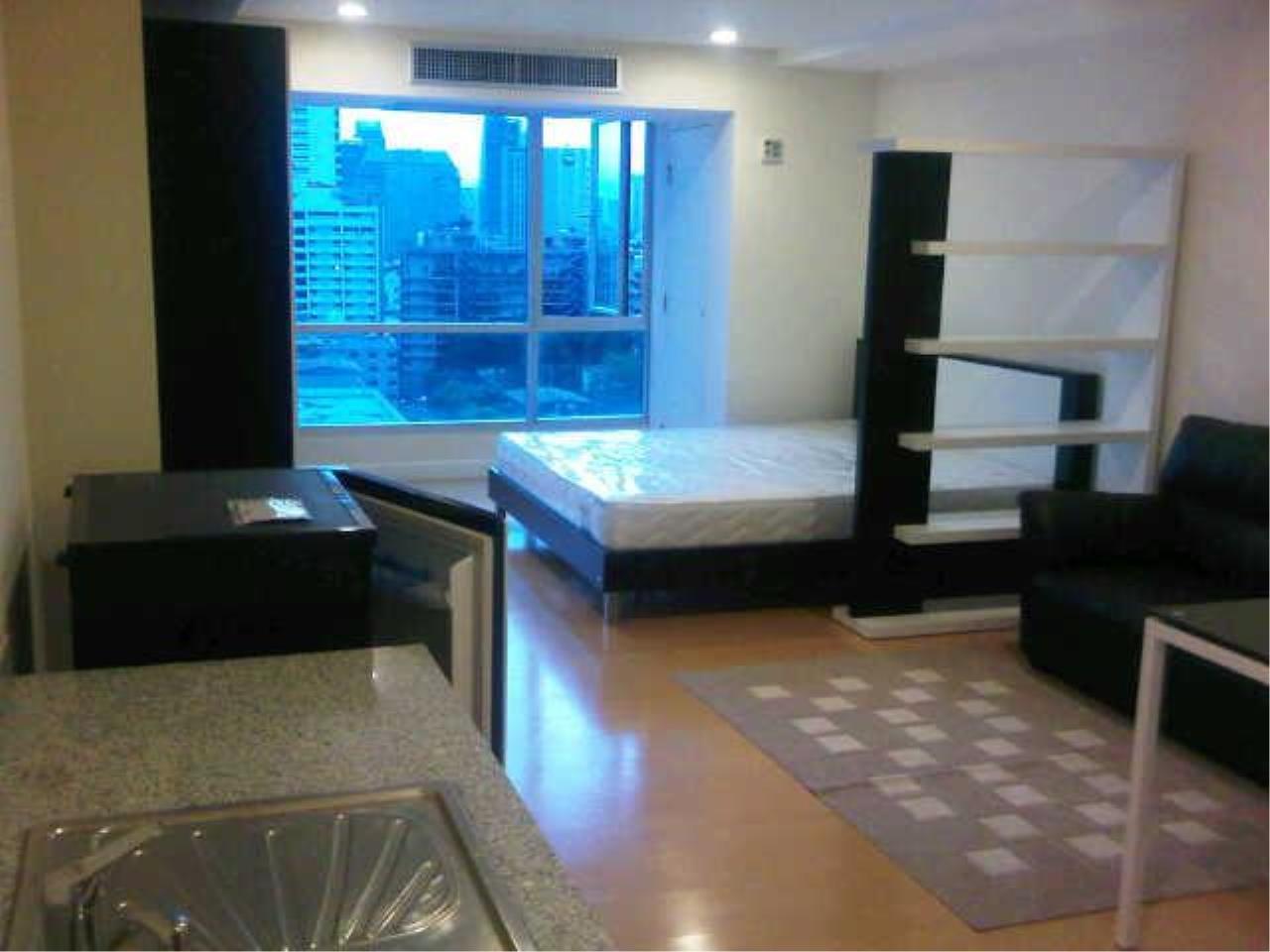 Piri Property Agency's Studio bedrooms  For Rent The Trendy Condominium 1
